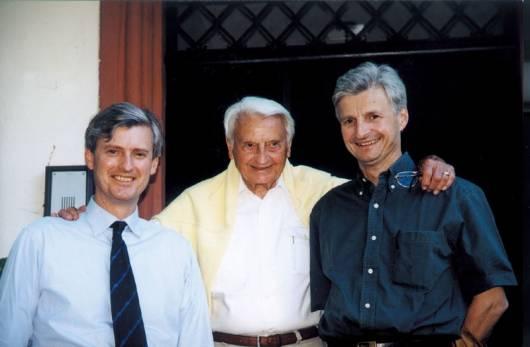 Слева направо: Андреас Хартге, отец семейства и Рольф Хартге